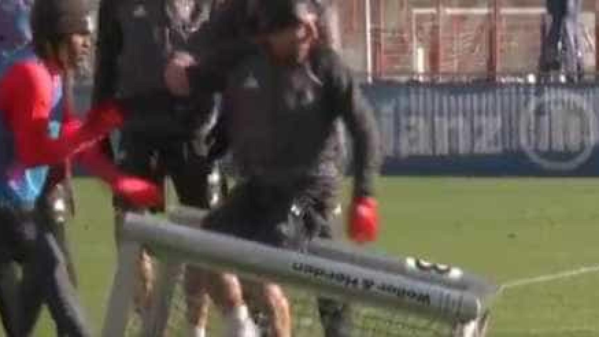 Renato Sanches meteu Ribéry dentro da baliza... literalmente