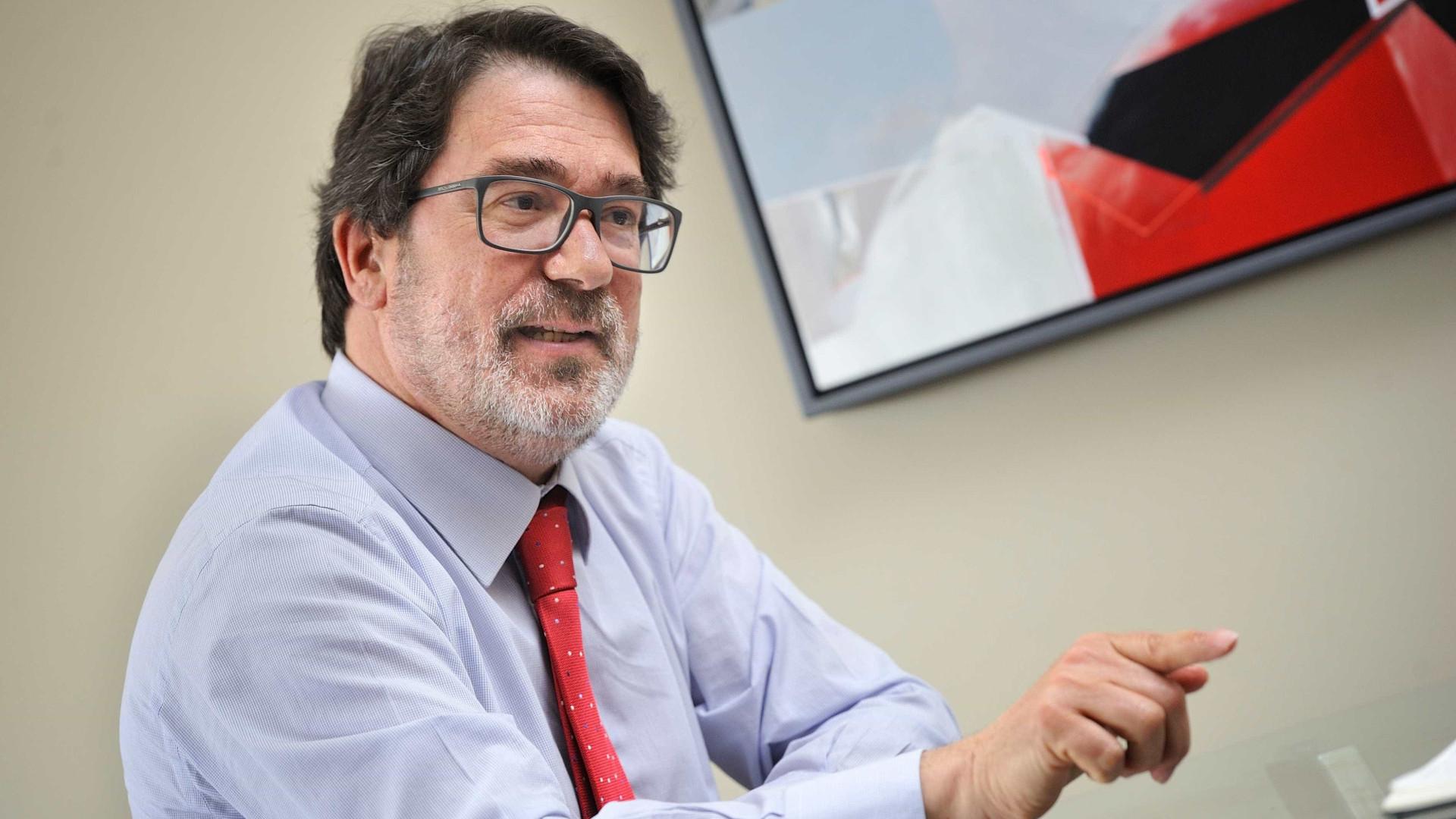 Bastonário defende convergência para reforma perene do setor