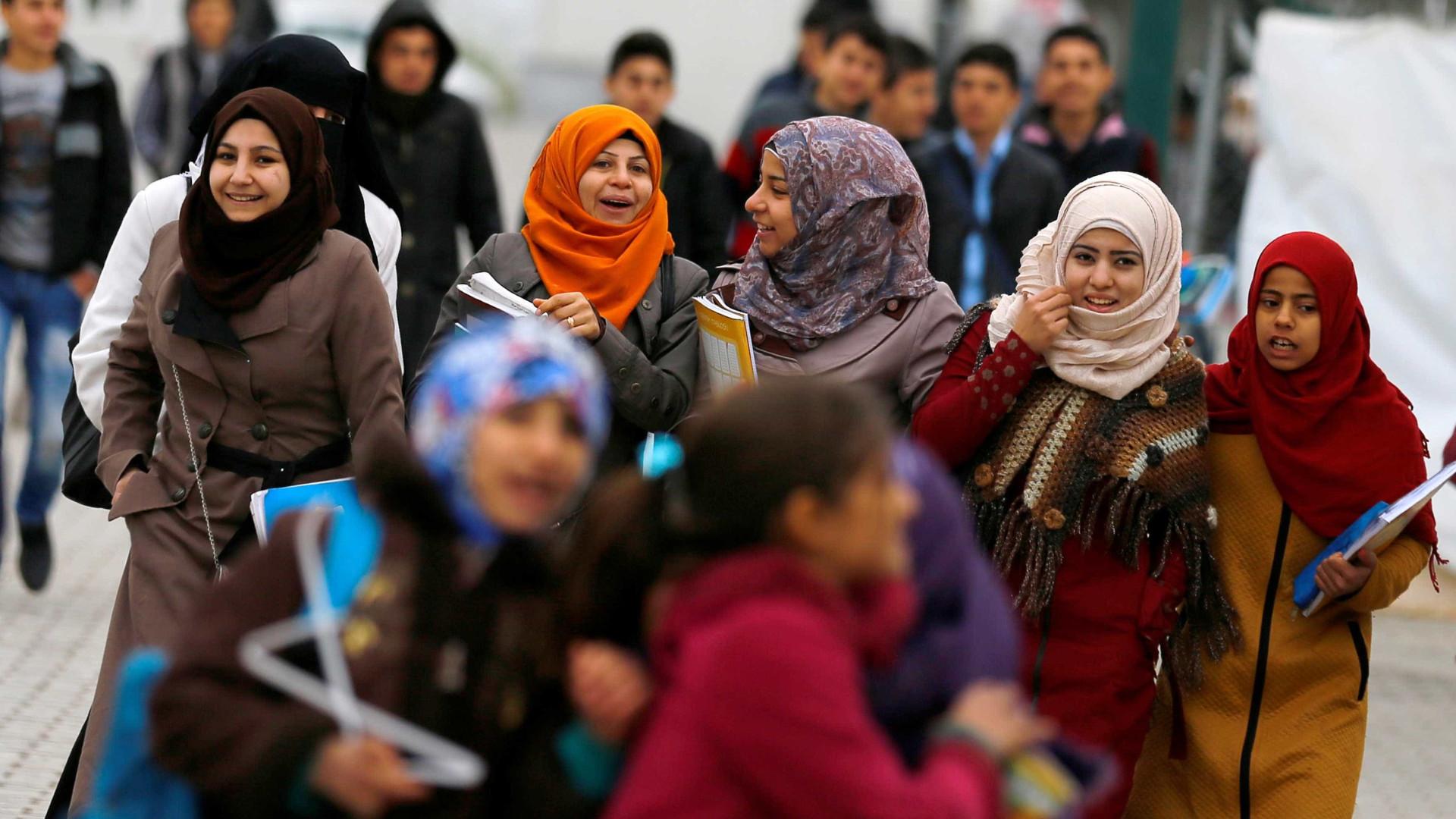 Quase metade dos sírios em Portugal estão empregados ou em formação