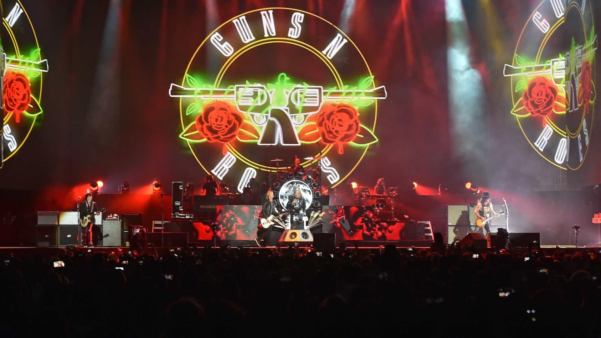 Guns N' Roses chegaram a Portugal no seu avião personalizado