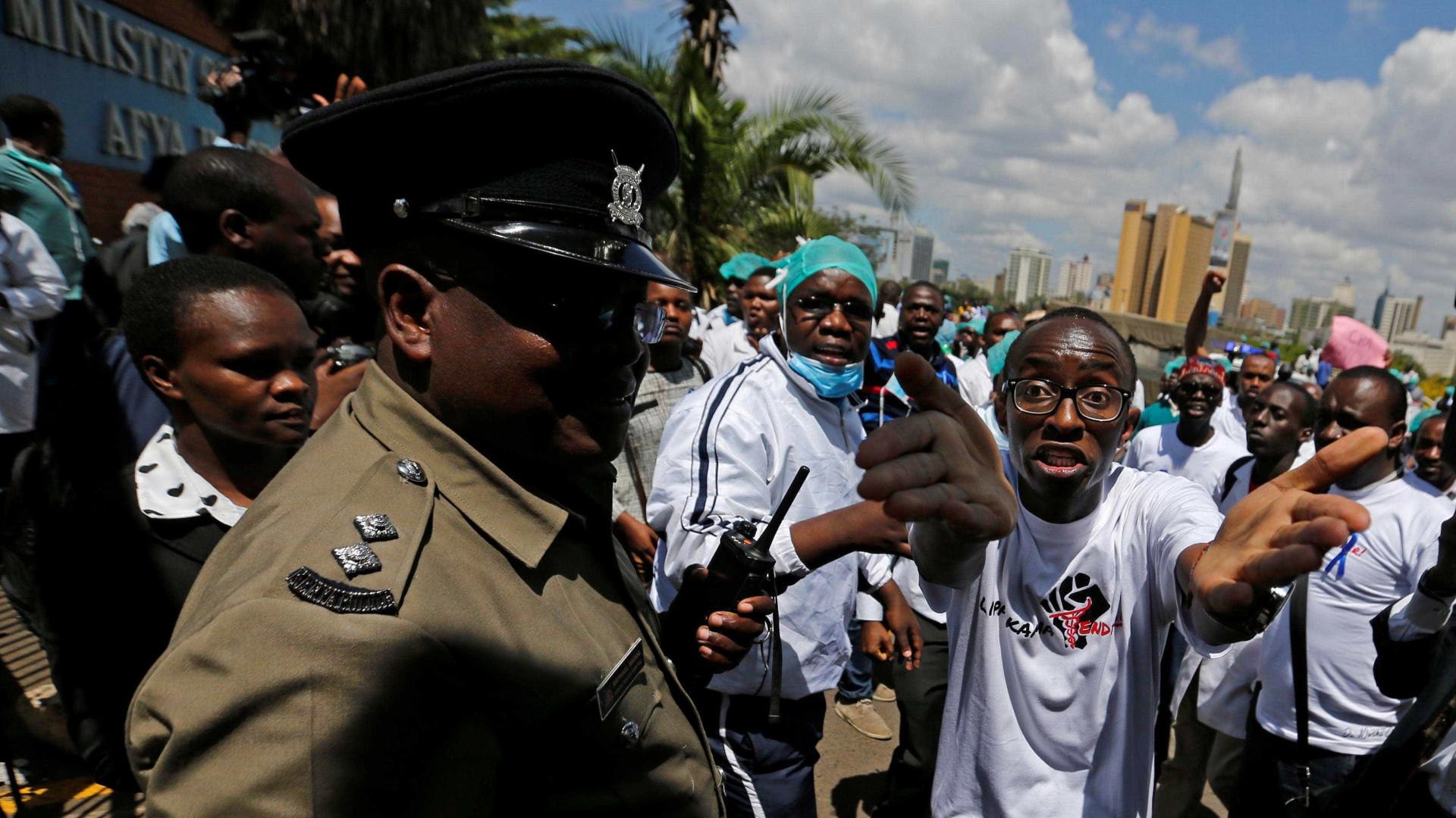 Duas pessoas foram mortas em confrontos com a polícia no Quénia