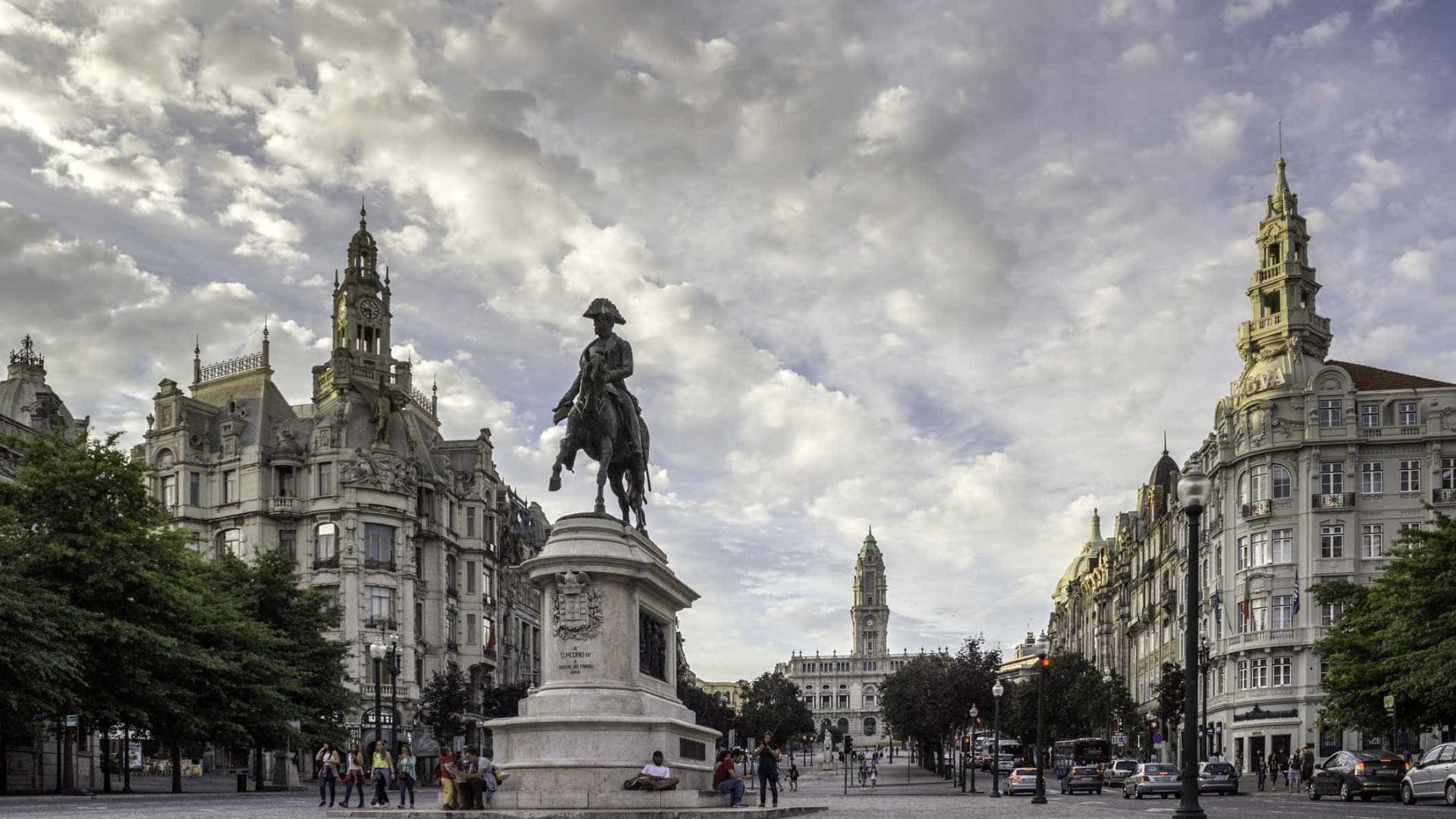 """Mobilidade é """"principal problema"""" do Porto, diz Álvaro Almeida"""