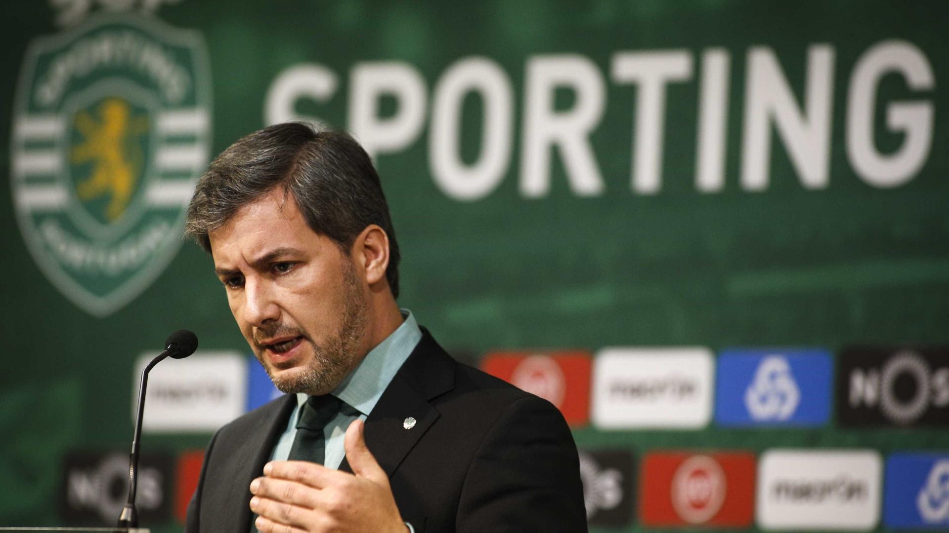 """Bruno de Carvalho chama """"latoeiro"""" a Ribeiro e Castro"""