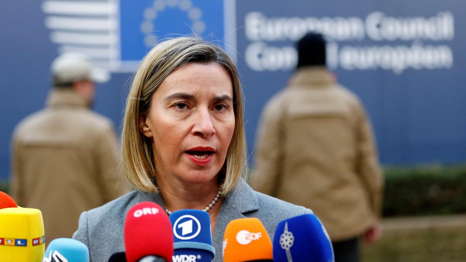 Mogherini quer encontrar solução que envolva países da região