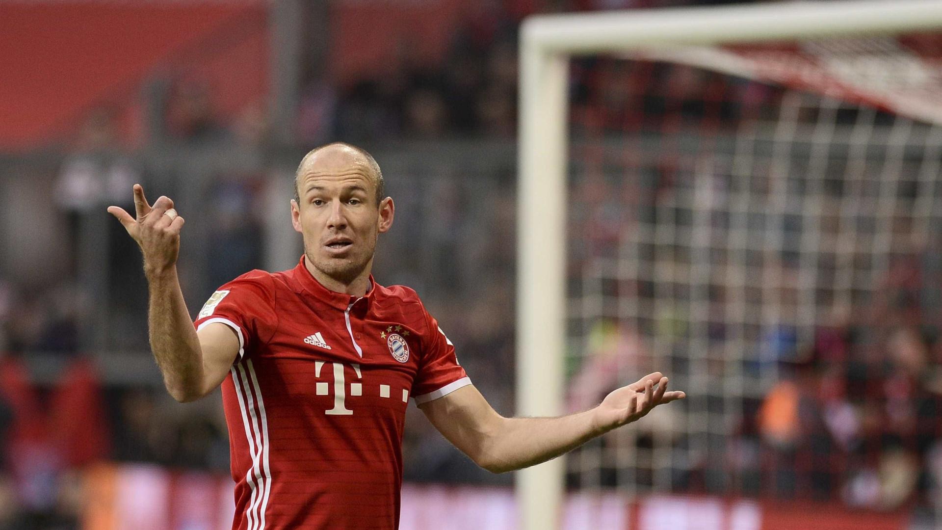 Rafinha e Robben renovam pelo Bayern