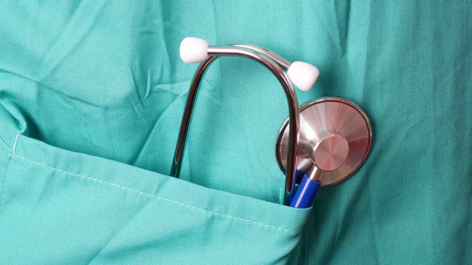 Sindicatos de médicos agendam greve conjunta para maio