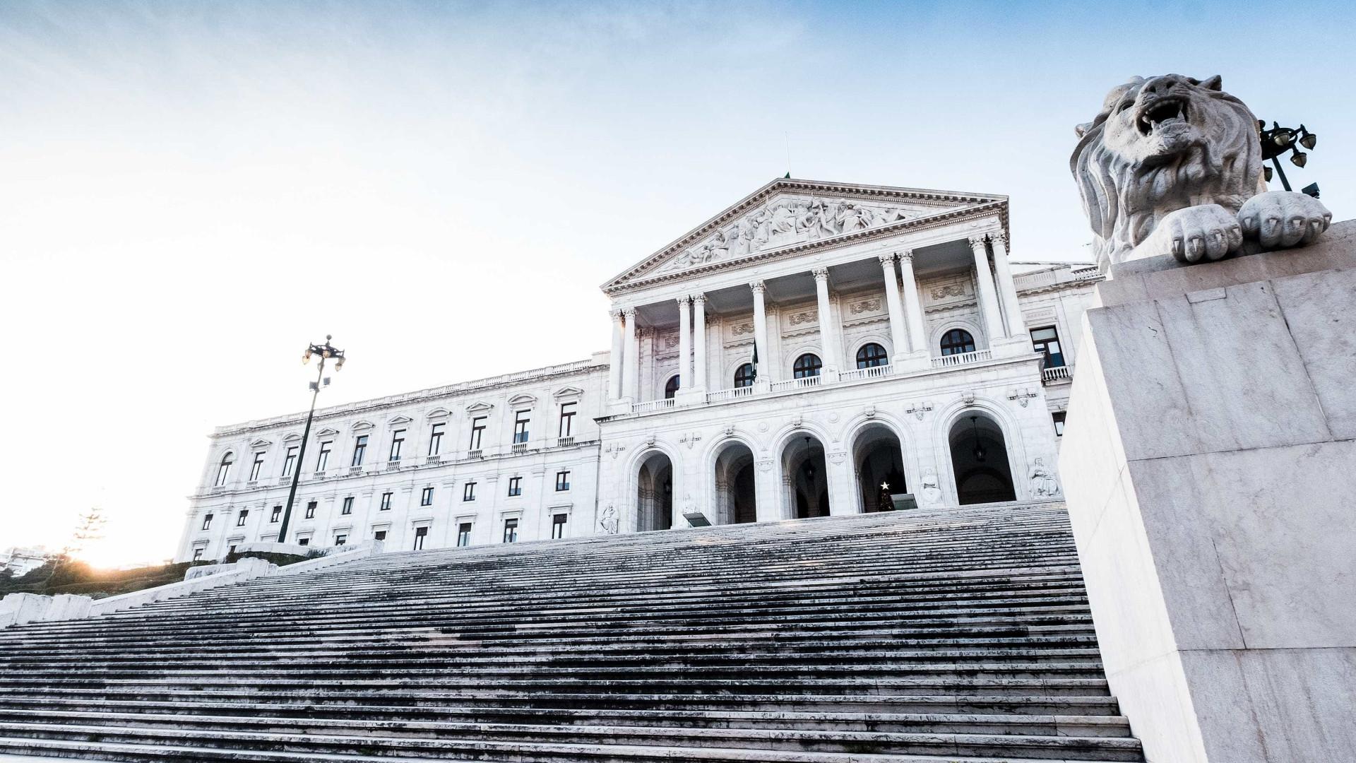 Contagem do tempo de serviço: Parlamento receberá iniciativa de cidadãos