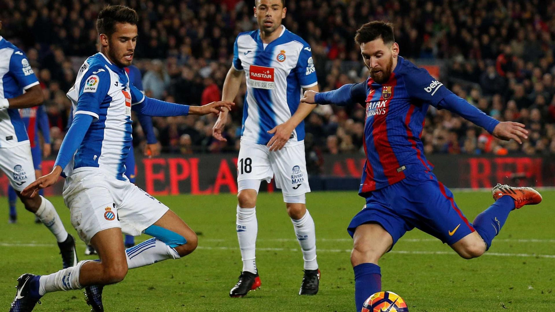 "Reyes está ""encantado"" na Catalunha mas não descarta FC Porto"