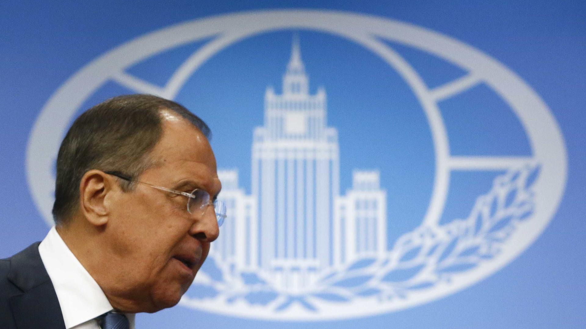 Ministro russo goza com imprensa norte-americana
