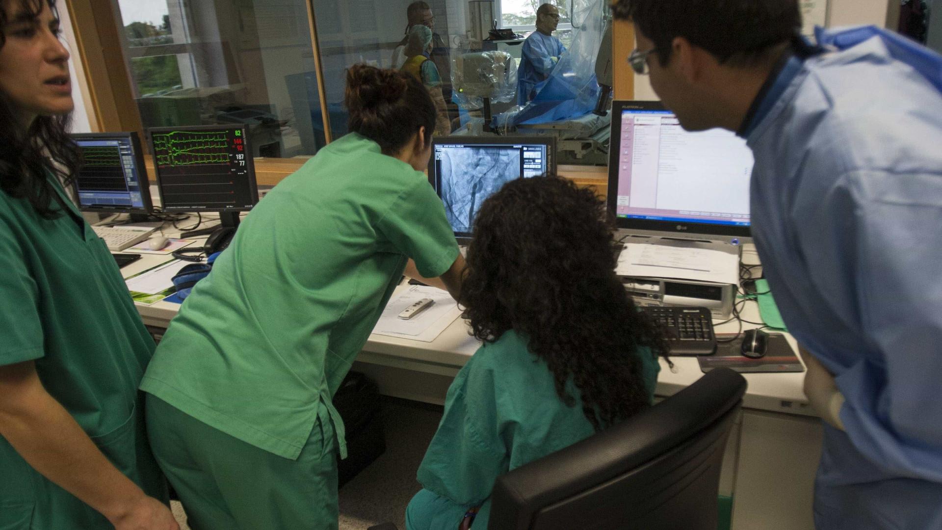 Médicos ameaçam três dias de greve se não tiverem resposta