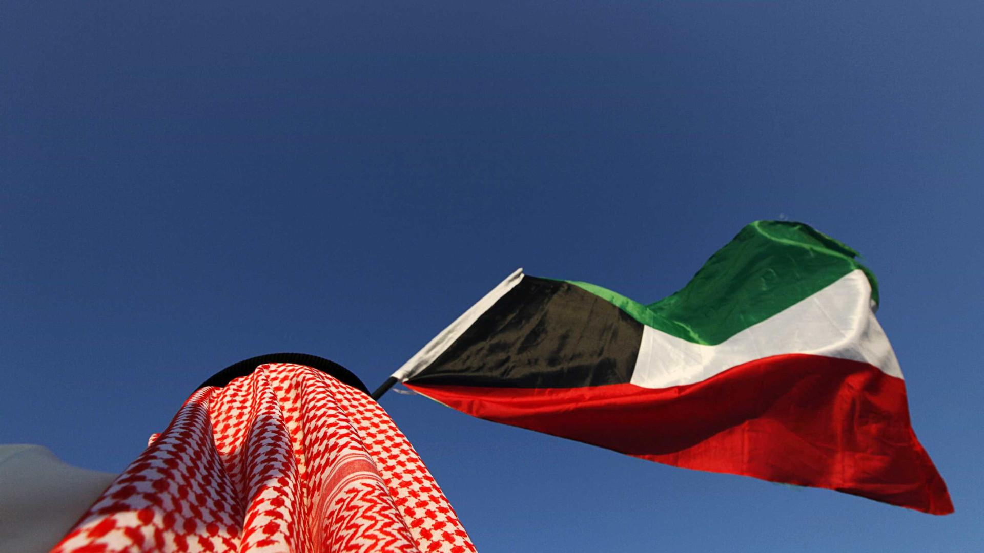 Kuwait dá um mês ao embaixador norte-coreano para deixar emirado