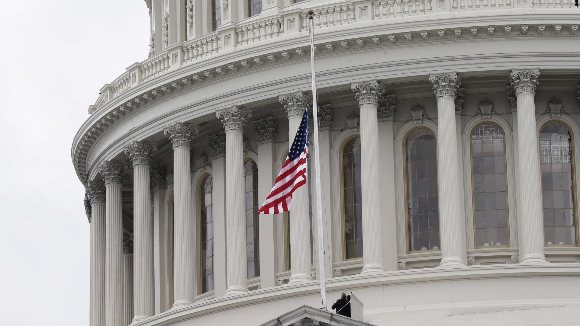 EUA insistem que Crimeia pertence à Ucrânia e criticam Putin