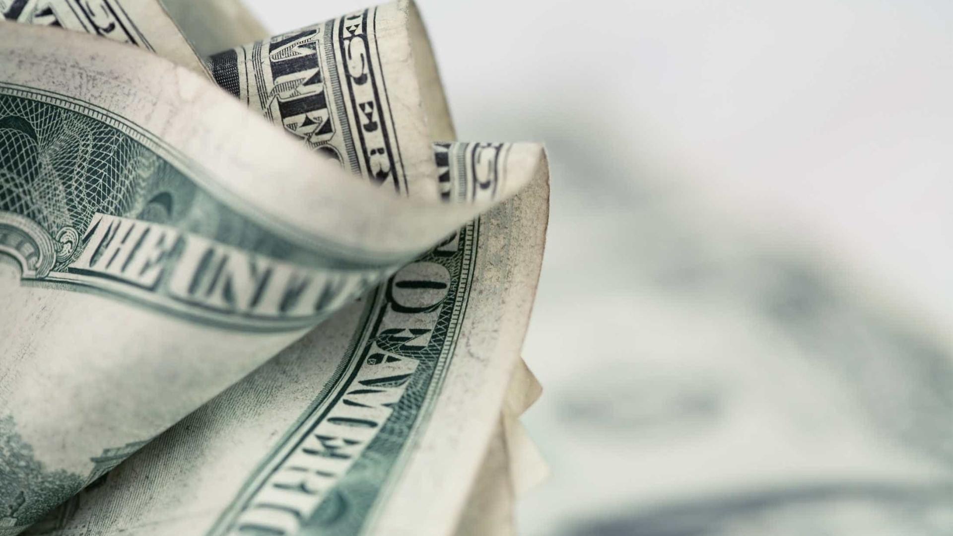 Sem-abrigo encontrou cheque de 10 mil dólares e devolveu-o
