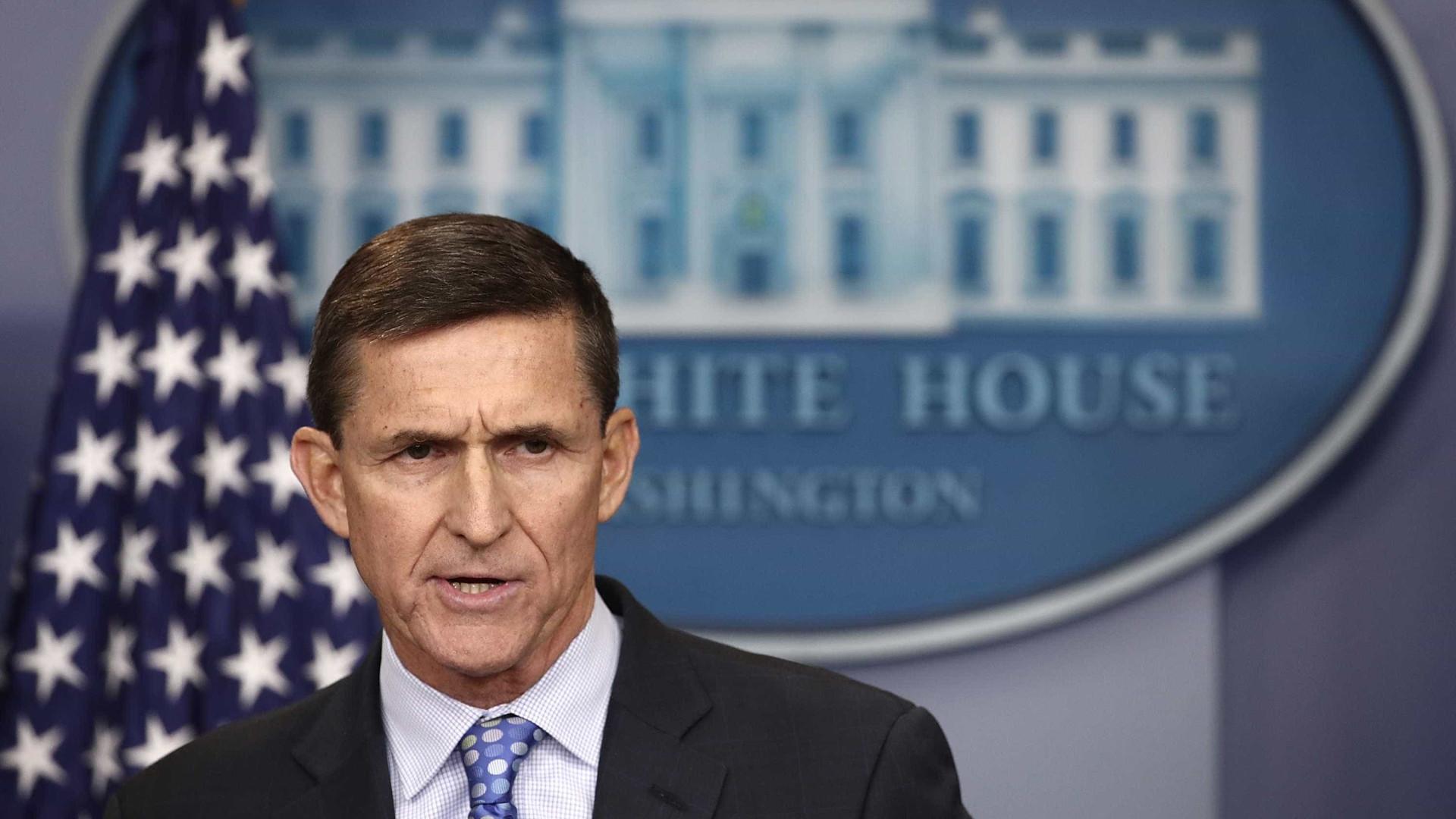 Mueller investiga envolvimento de Flynn em tentativa de rapto de imã muçulmano