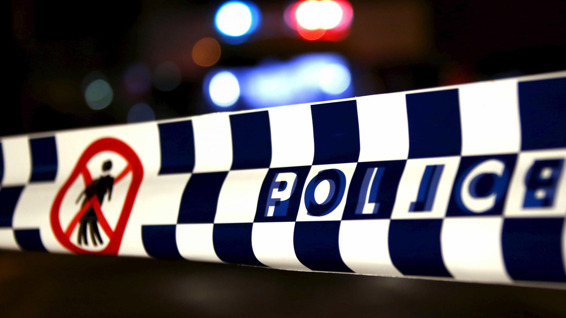 Mãe e duas crianças assassinadas em casa na Austrália