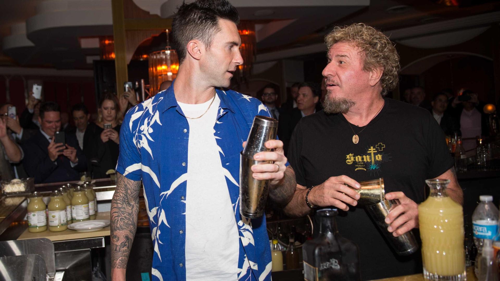 Adam Levine e Sammy Hagar lançam nova bebida alcoólica