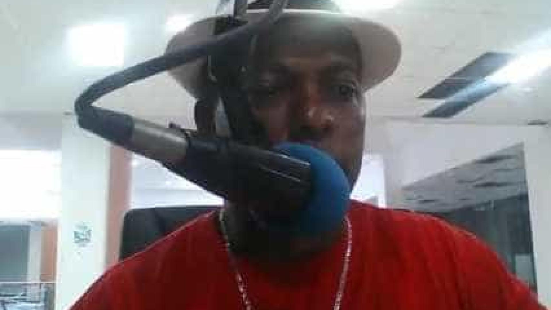 Jornalistas de rádio assassinados durante emissão em direto