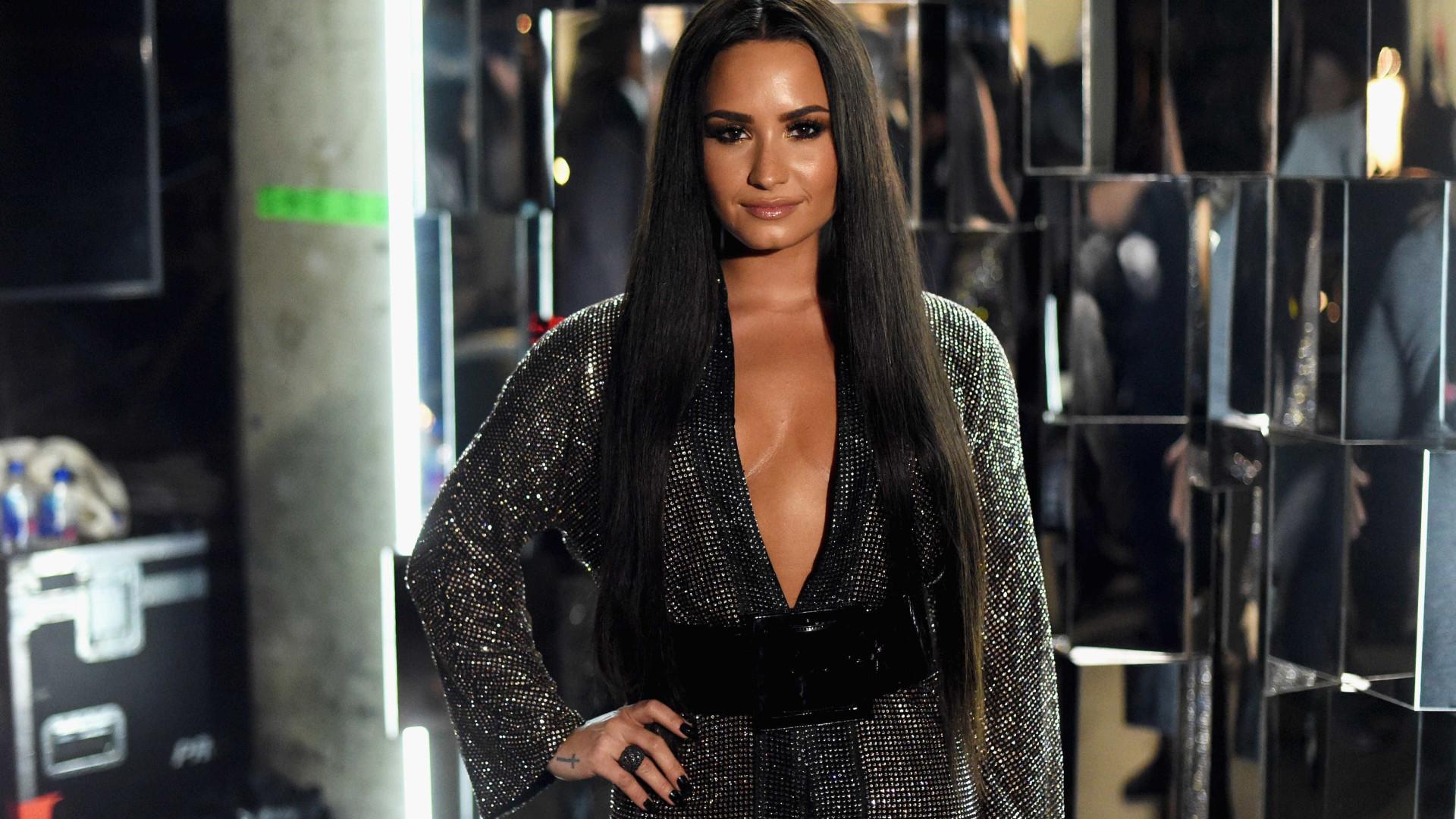 """Demi Lovato sobre as dietas e a bulimia: """"Já não sinto vergonha de comer"""""""