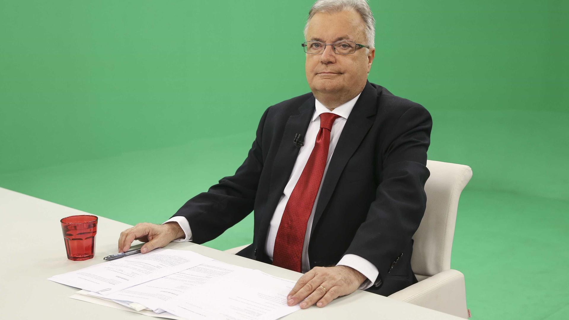 Ministro aplaude distinção de 'Bonecos de Estremoz' e deixa compromisso