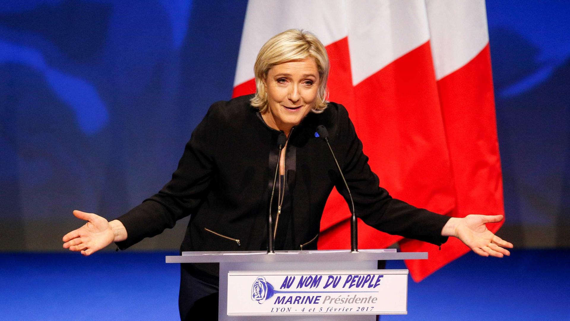 """Le Pen é candidata """"mais provável de causar desaceleração do crescimento"""""""
