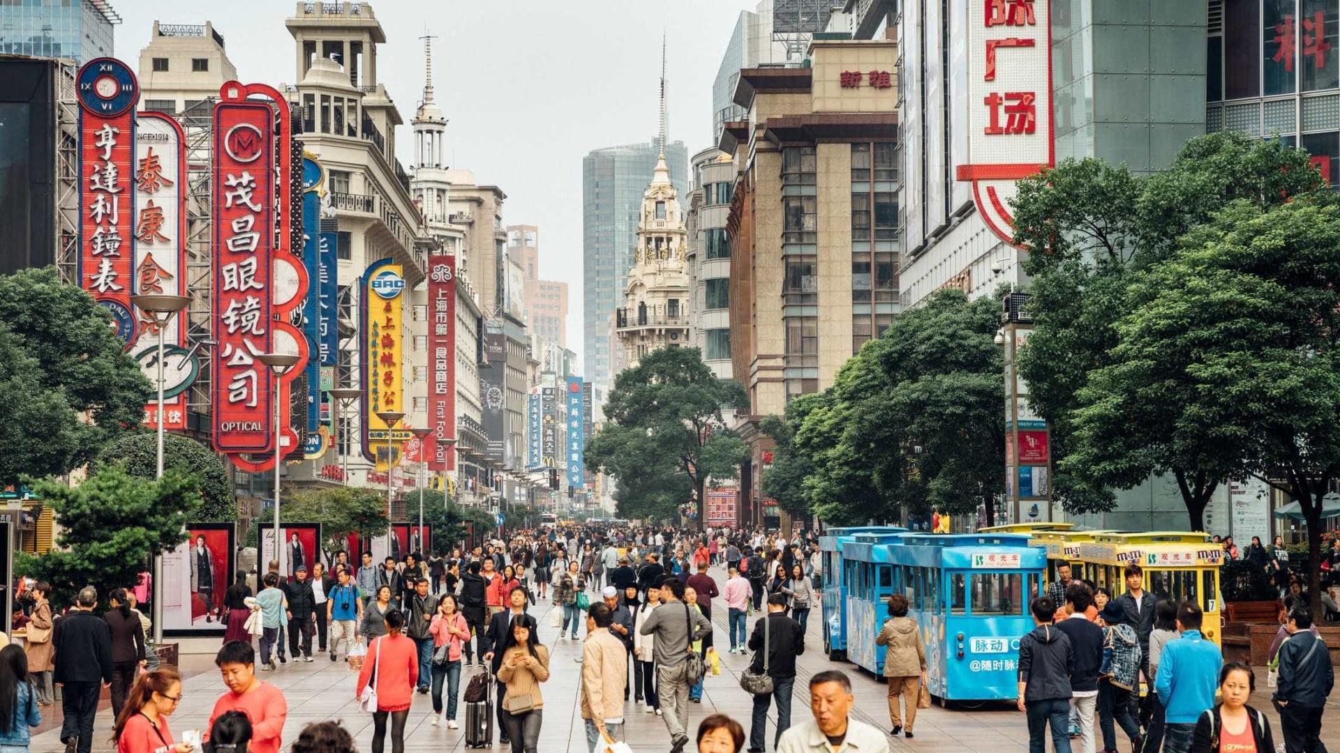 População chinesa atinge 1.390 milhões de habitantes em 2017