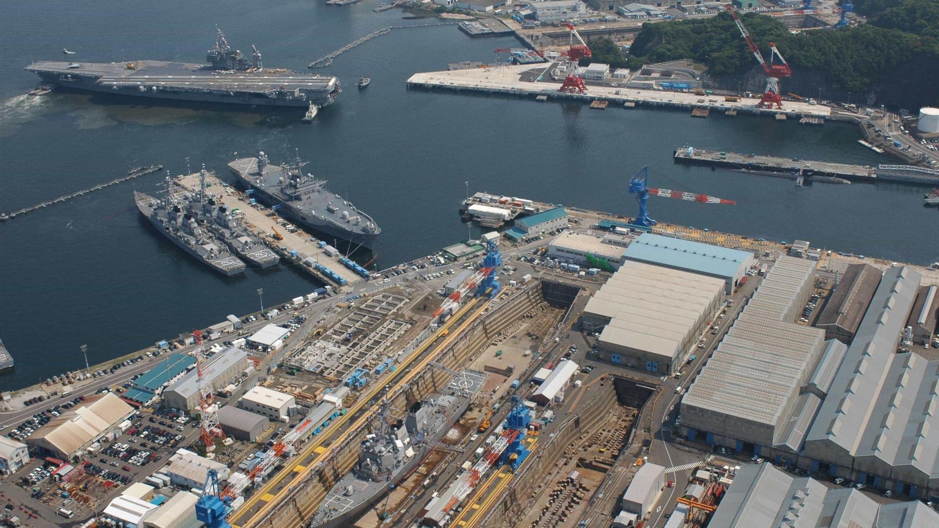 Seis mortos em base naval sul-africana