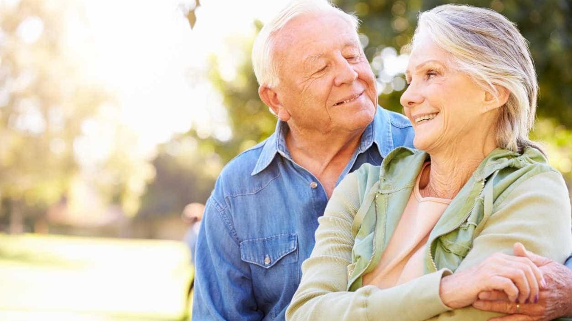 Rir é mesmo o melhor remédio na vida a dois