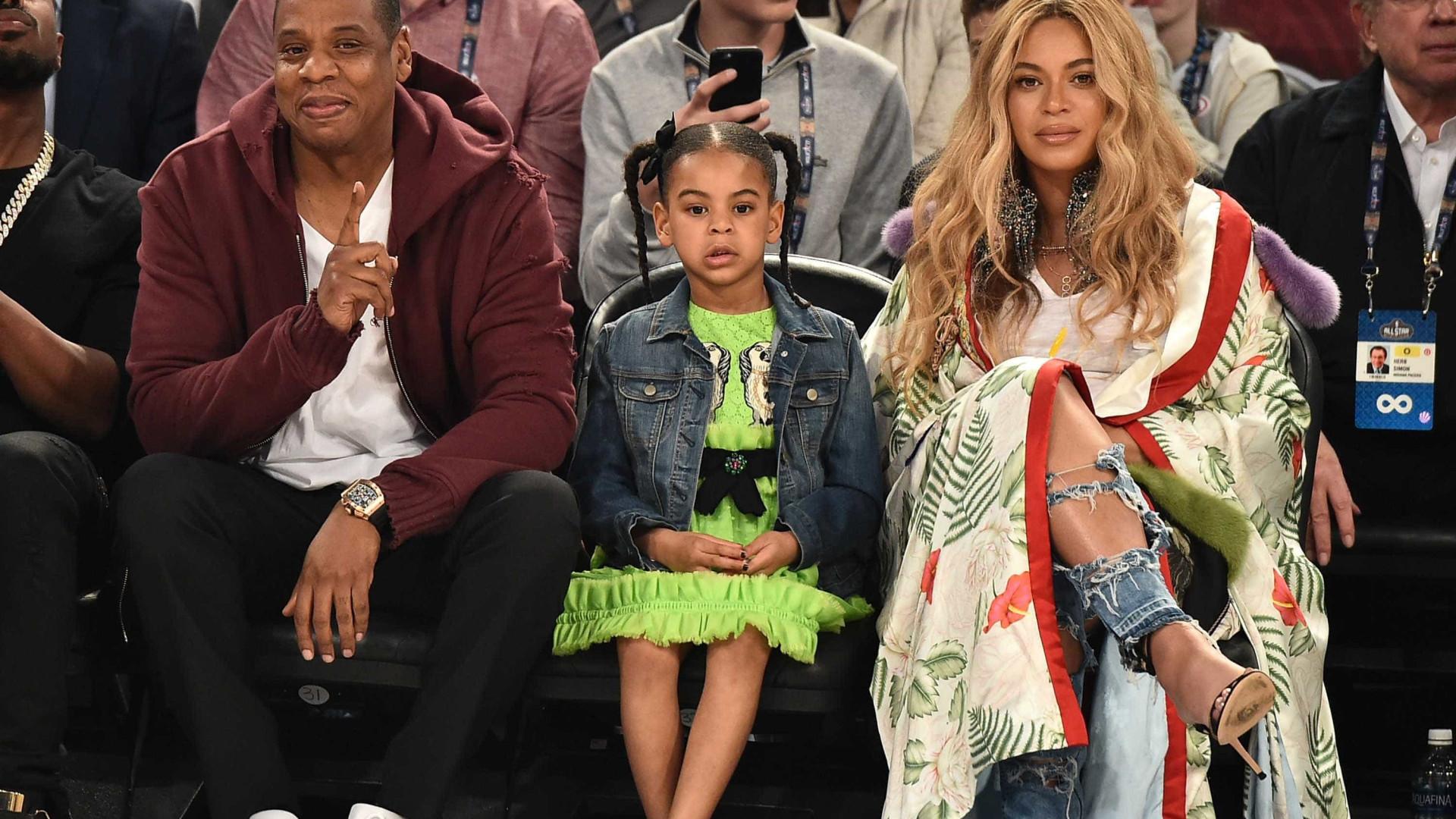 Fãs de Beyoncé não gostaram que o pai anunciasse o nascimento dos netos