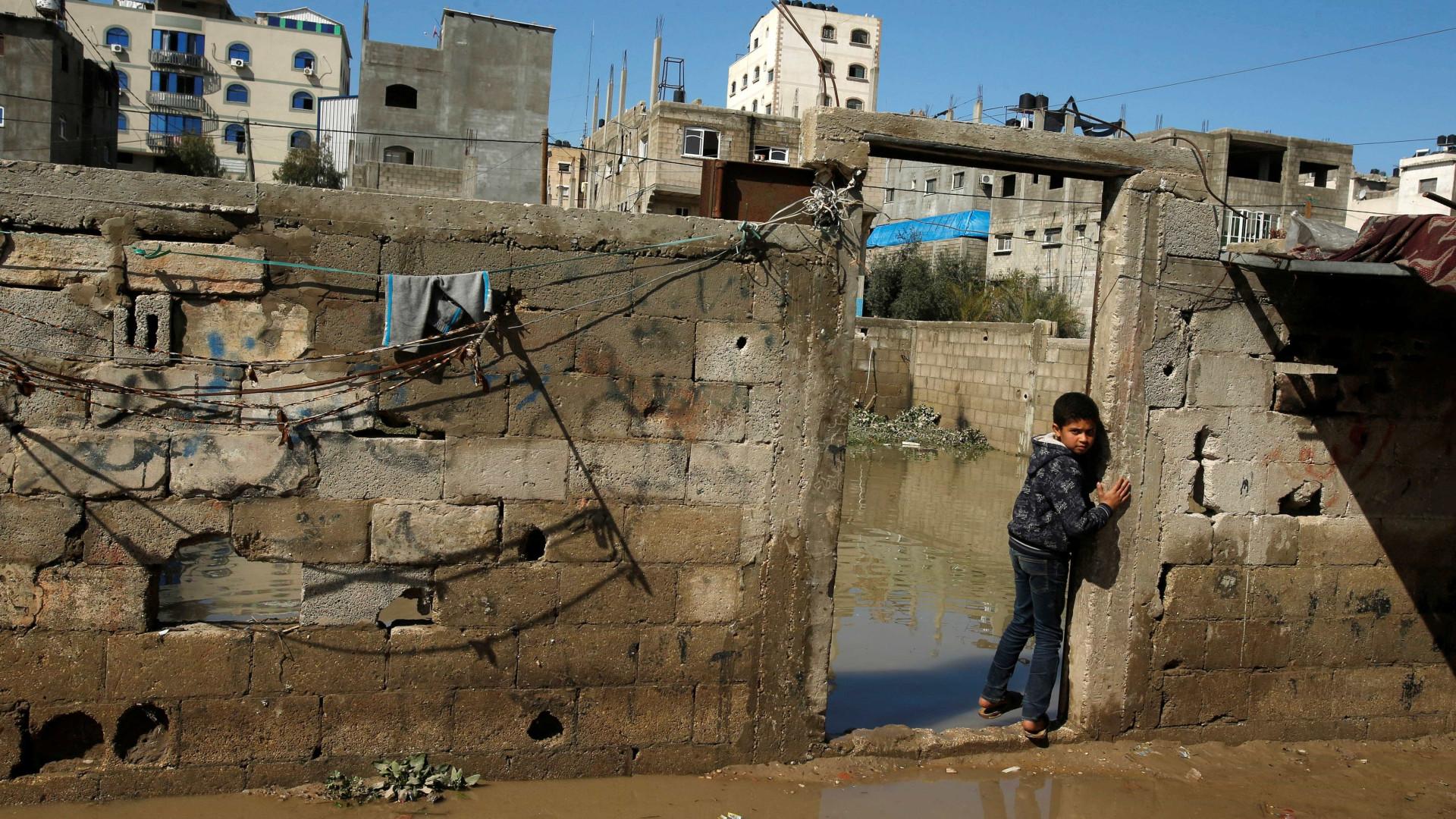 Israel permite com condições entrada de mercadorias em Gaza