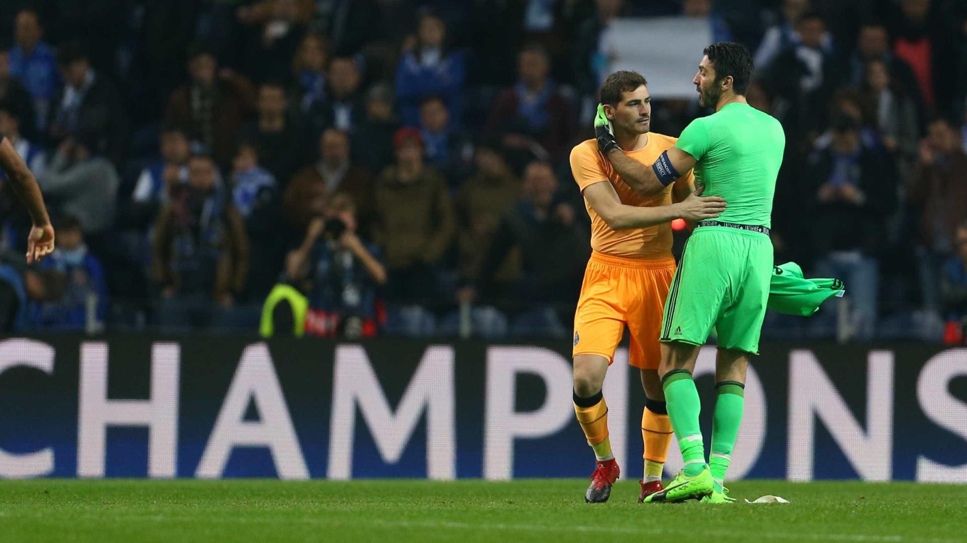 """Casillas deixa mensagem a Buffon: """"Não gosto nada de te ver assim"""""""