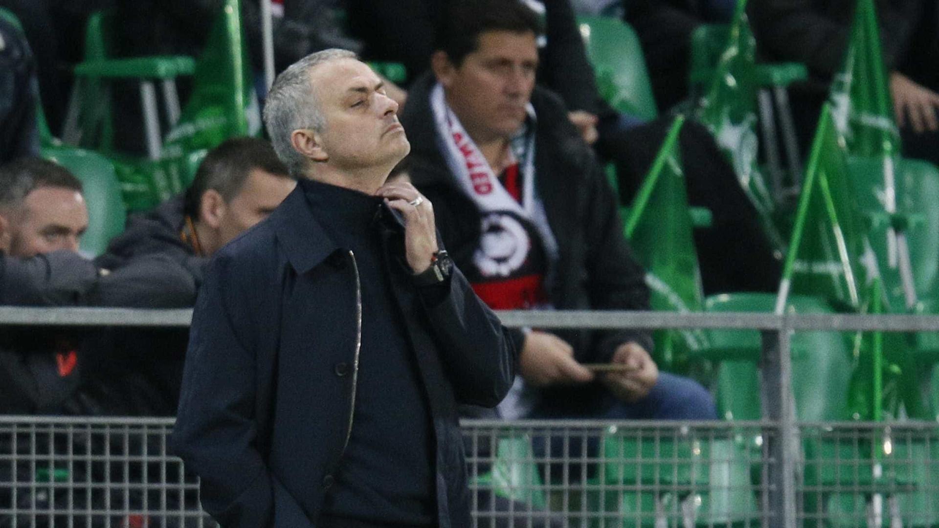 """José Mourinho admite: """"Estamos em apuros"""""""