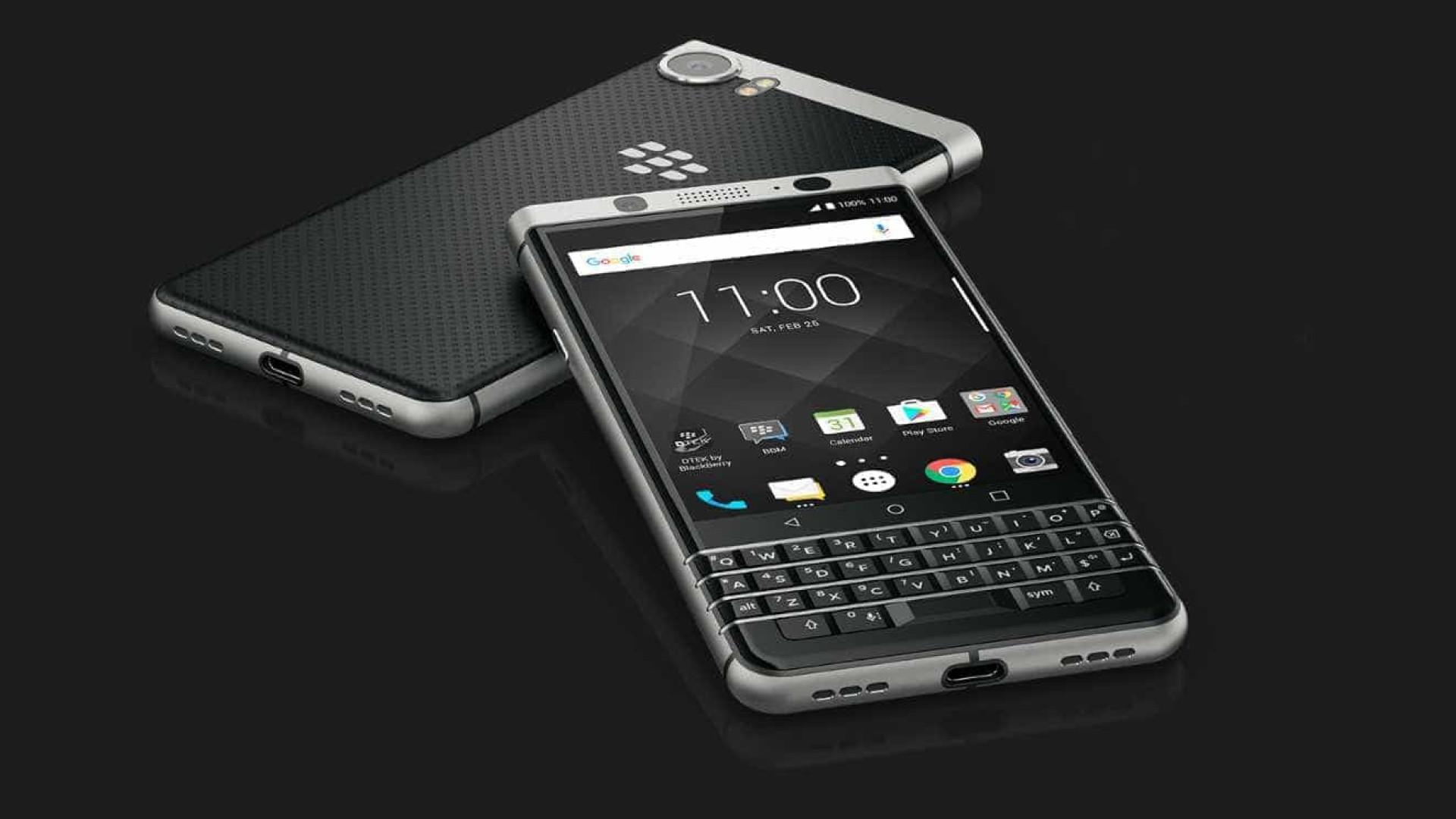 O BlackBerry que reúne o melhor de dois mundos já chegou a Portugal