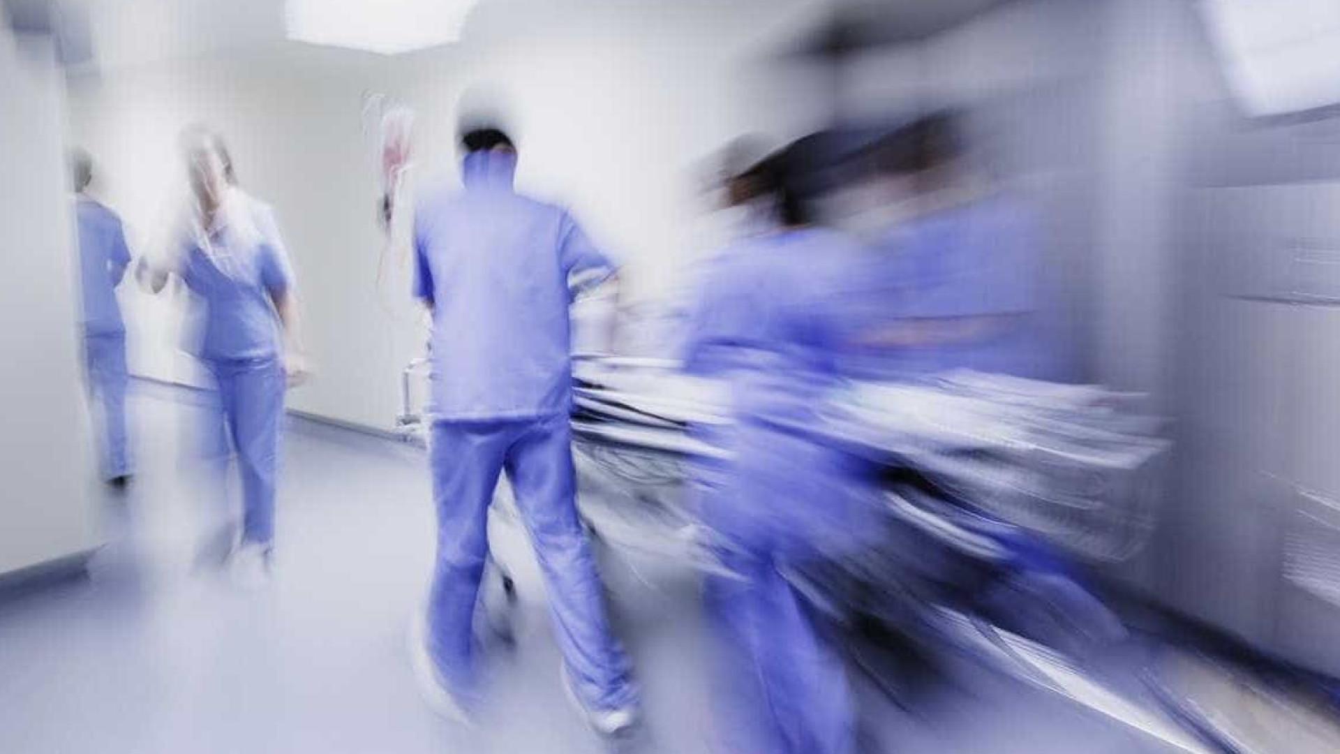 Médicos avisam que há doentes prioritários com cirurgias adiadas