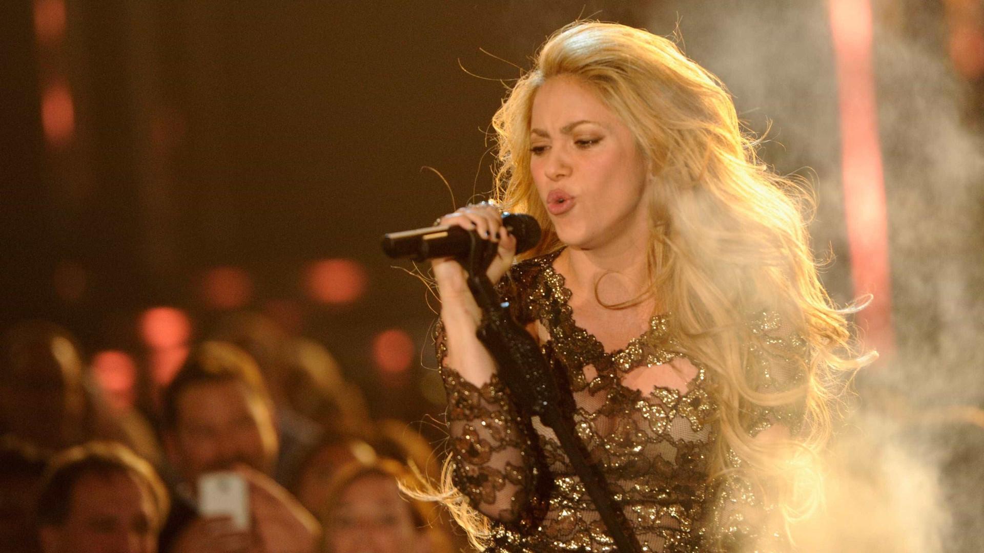 Shakira regressa a Portugal