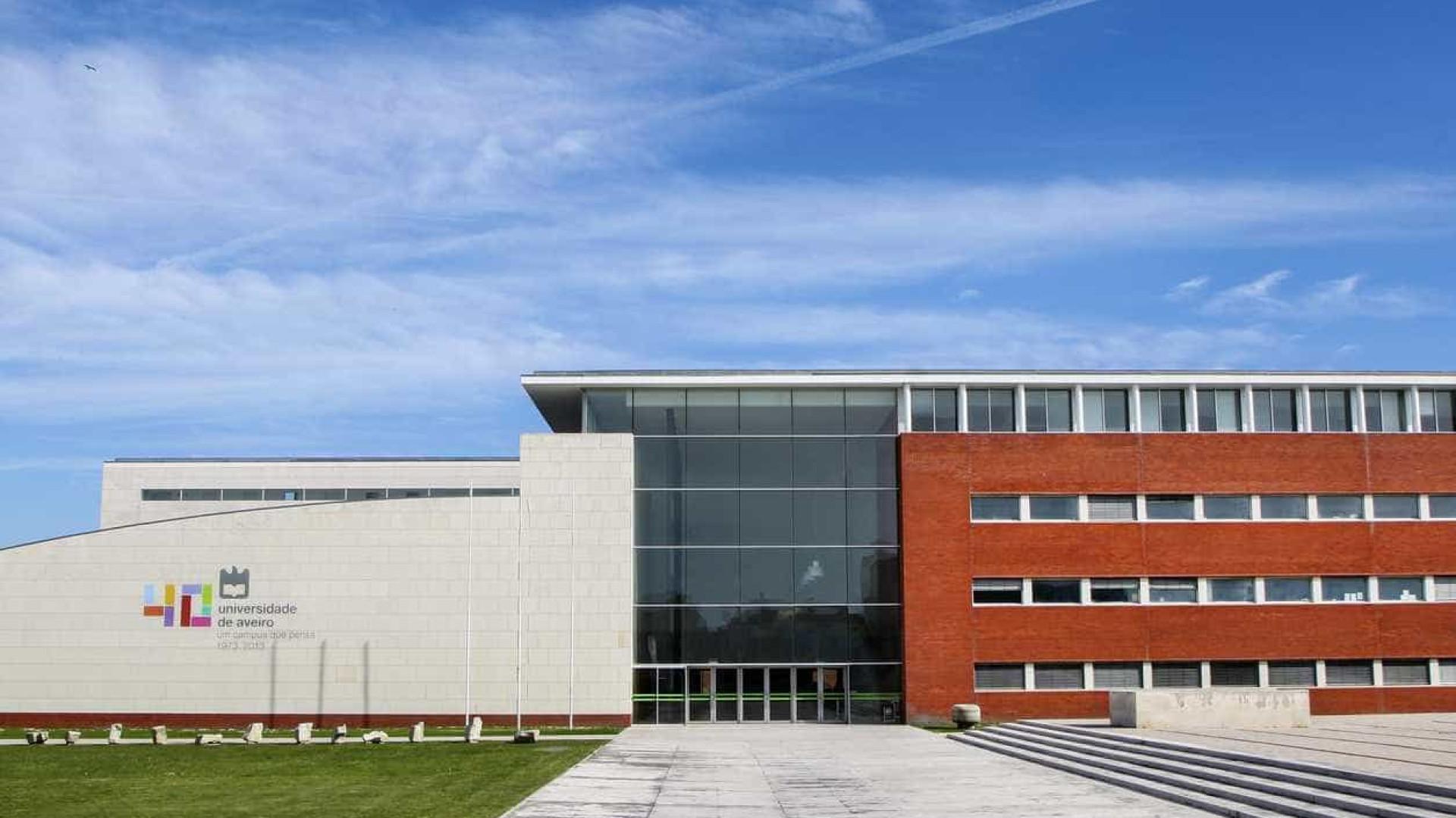 BE critica estágios a 120 euros, Universidade diz serem curriculares