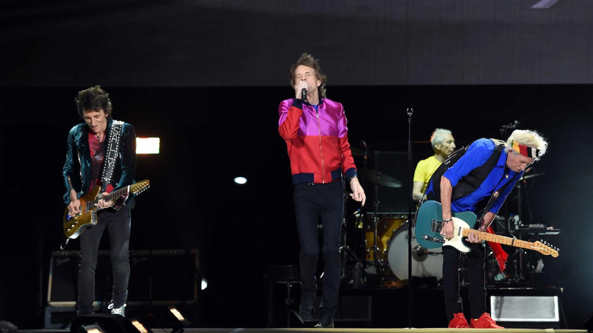 """Rolling Stones lamentam morte de Chuck Berry, o """"pioneiro do rock"""""""