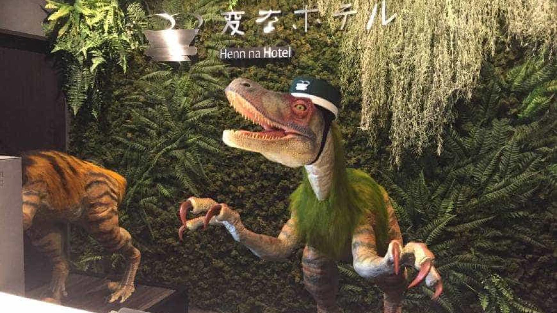 Neste hotel os hóspedes são atendidos por dinossauros robots