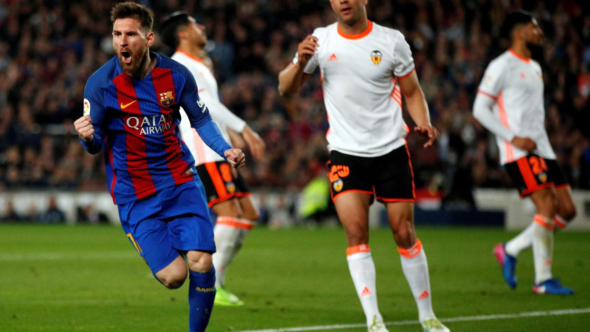André Gomes ajuda Barcelona a vencer jogo de loucos com o Valência