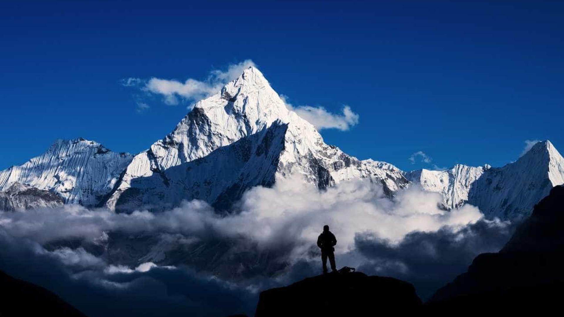 Quem quiser subir ao Everest, terá (mesmo) de usar GPS