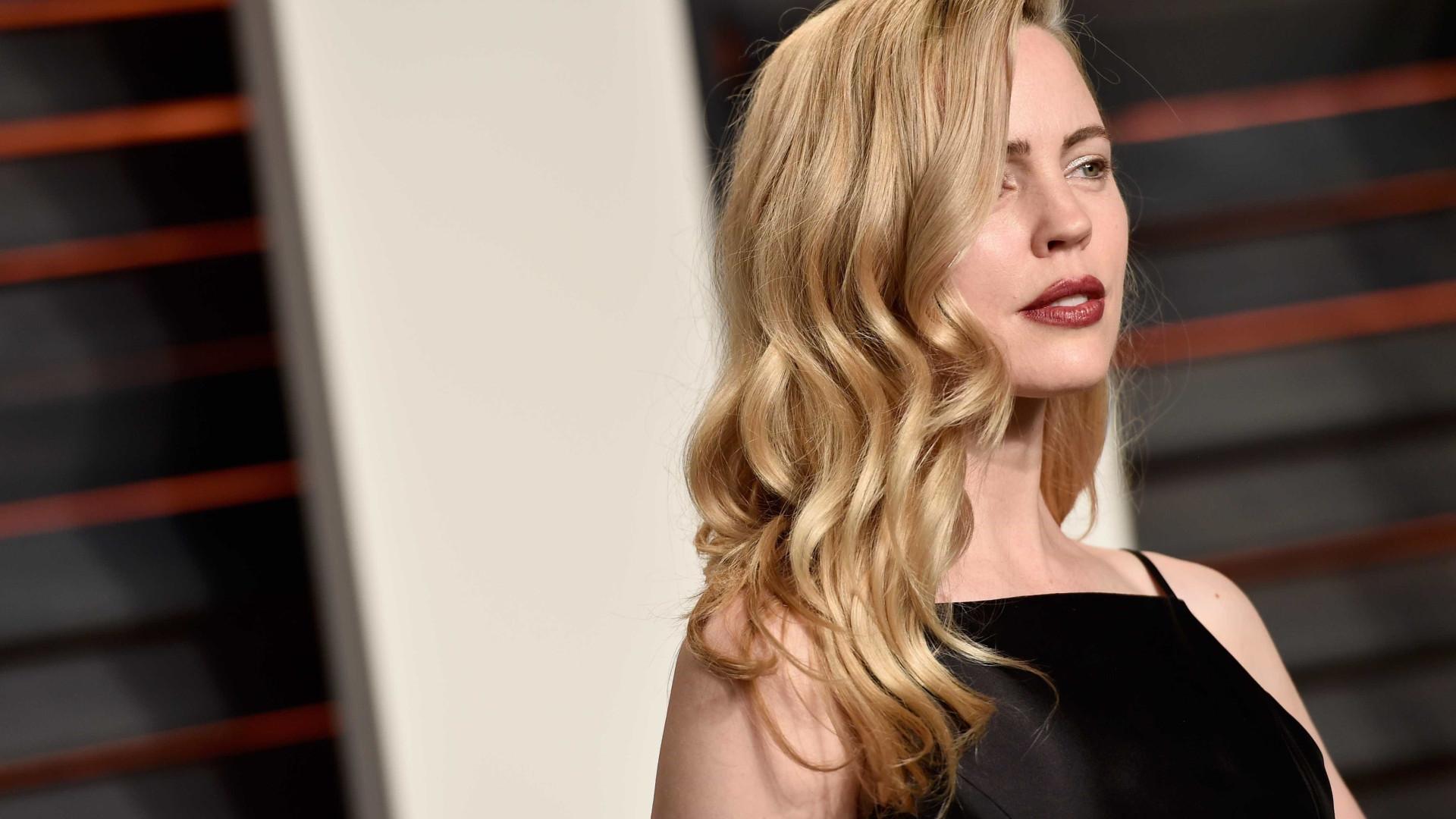Vítima de violência doméstica, atriz fala pela primeira vez sobre o tema