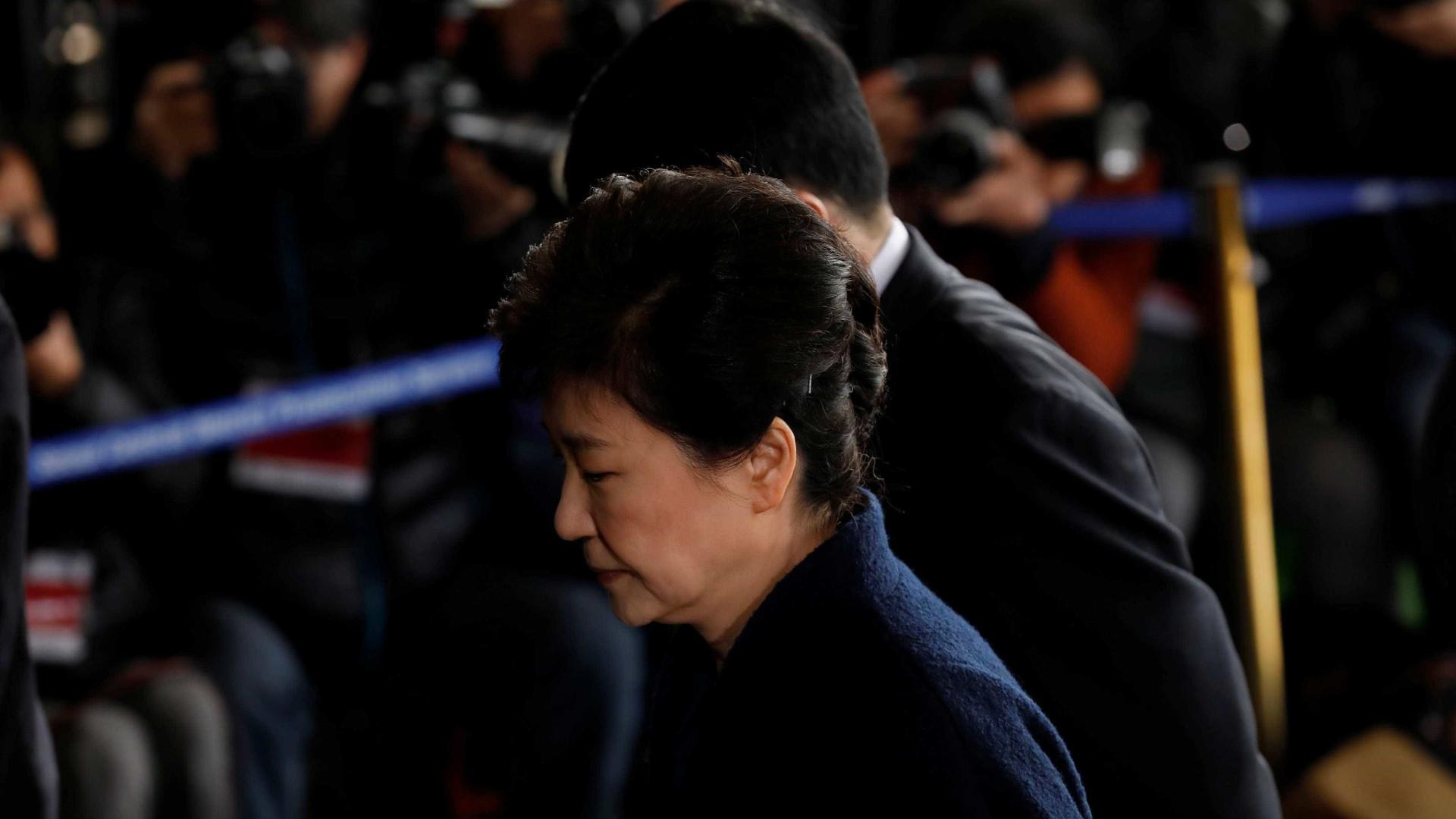 "Coreia do Norte diz que Park Geun-hye vai ser julgada por ""pecados"""