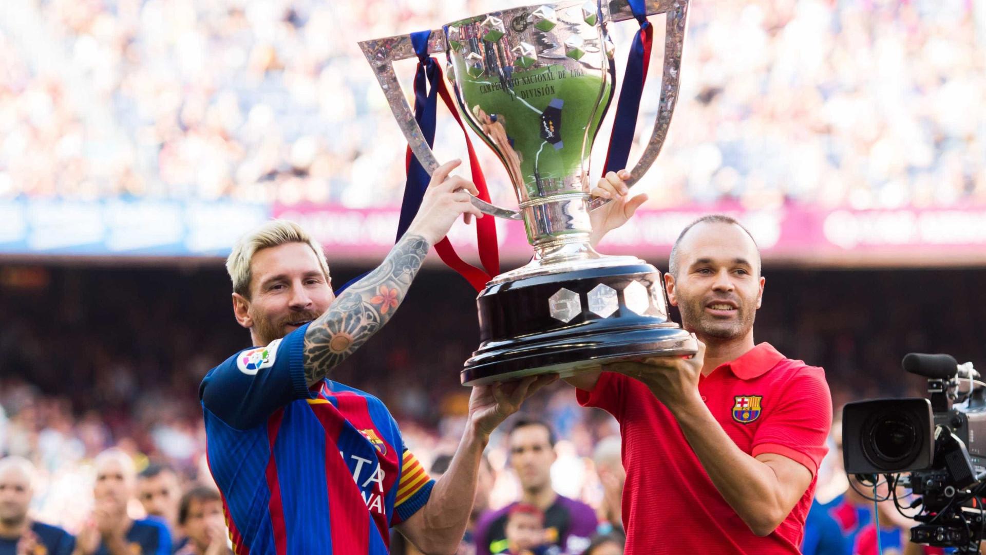 Messi e Iniesta vão renovar, garante dirigente do Barcelona