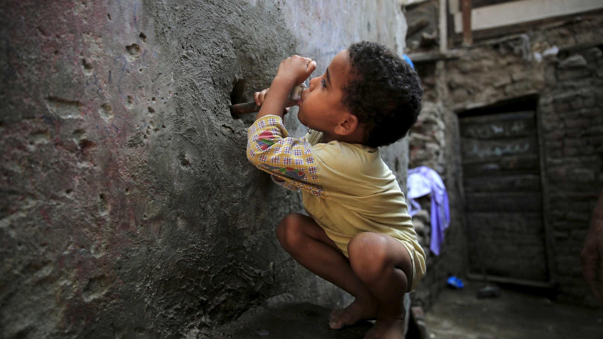 Água potável não chega a mais de 180 milhões de pessoas