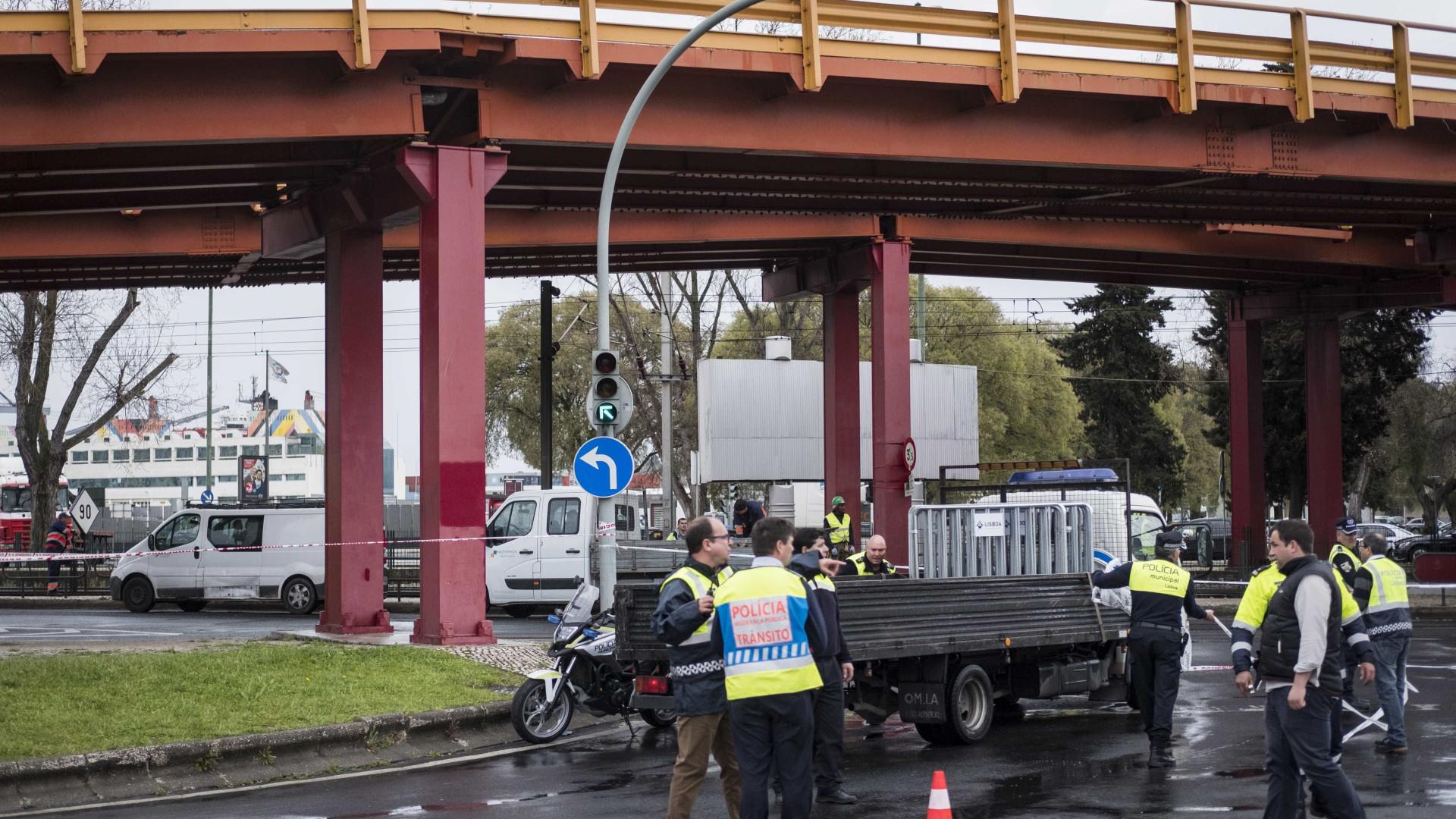 Alcântara: Falta de sinalização no viaduto prejudica negócios nas Docas