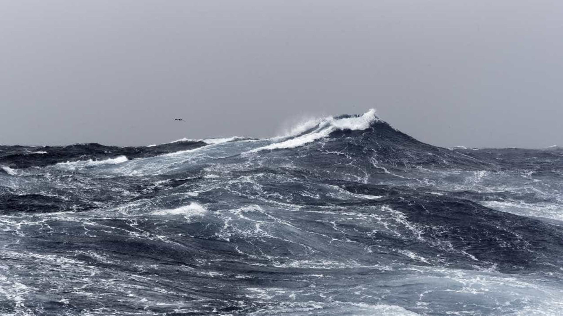 Encontrado corpo de um dos pescadores desaparecidos nos Açores