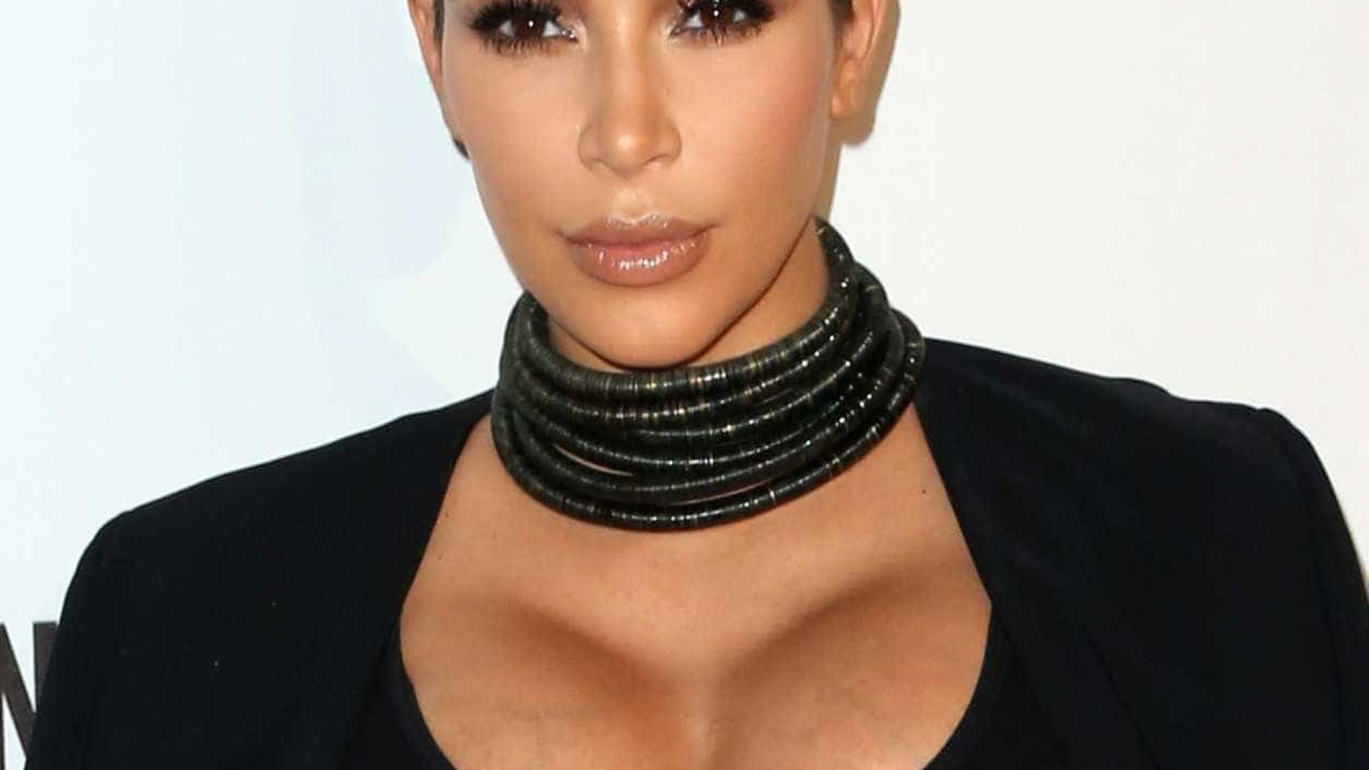 Kris Jenner felicita Kim pela nova conquista