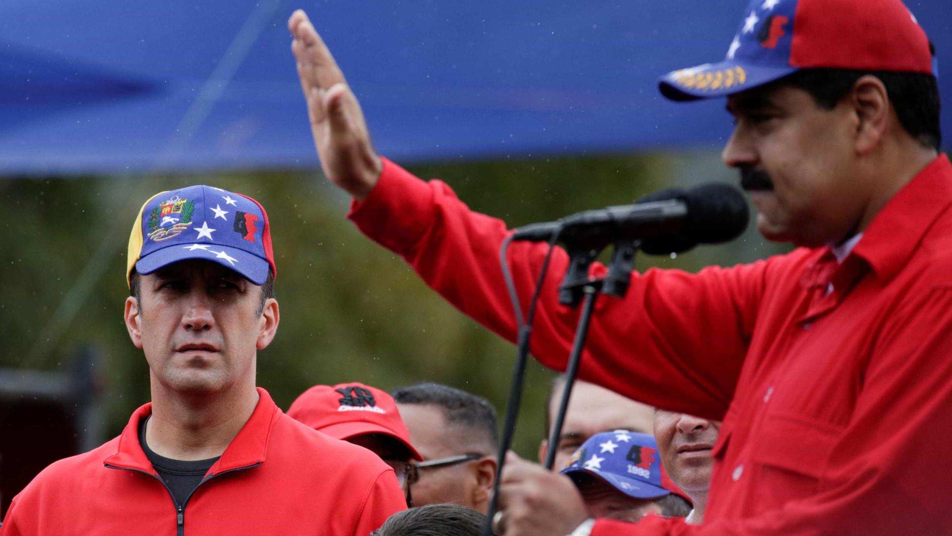 Nicolás Maduro ordena abertura de processo contra líder da oposição