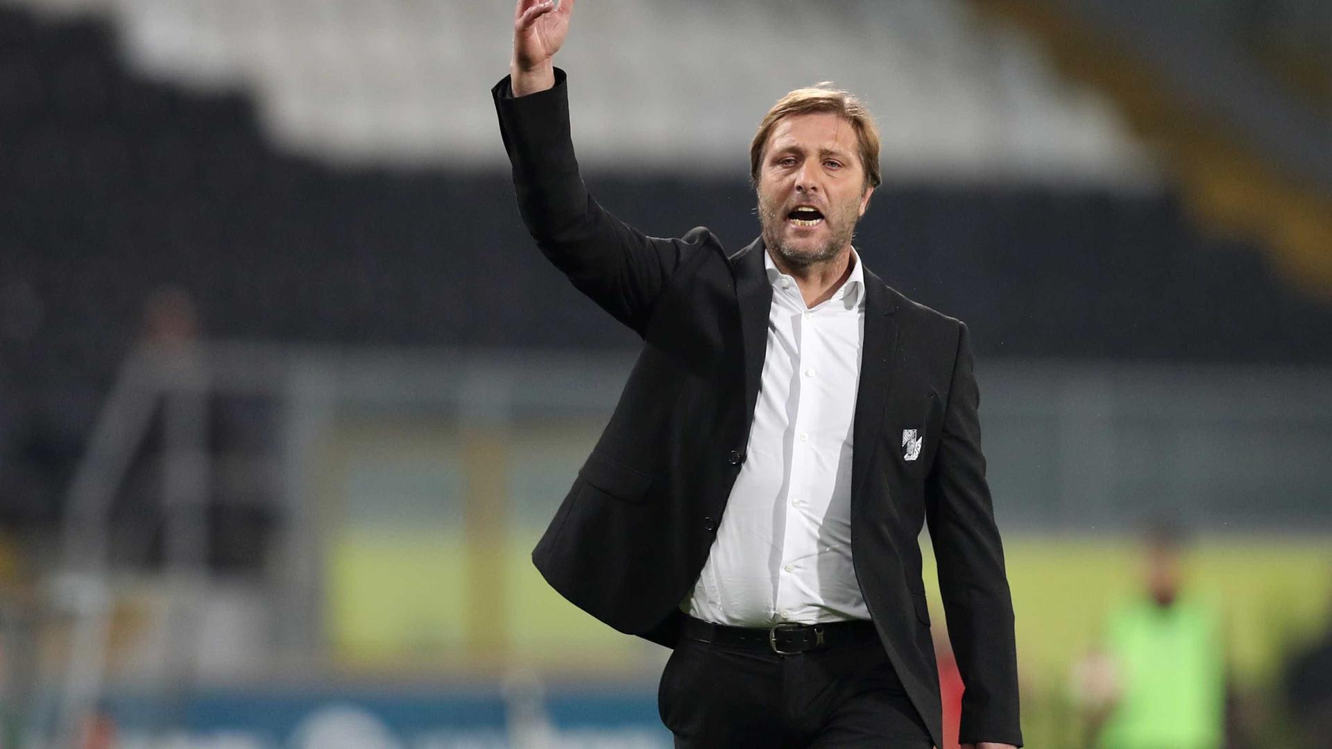 Pedro Martins diz que Vitória a subir quer vencer em Braga