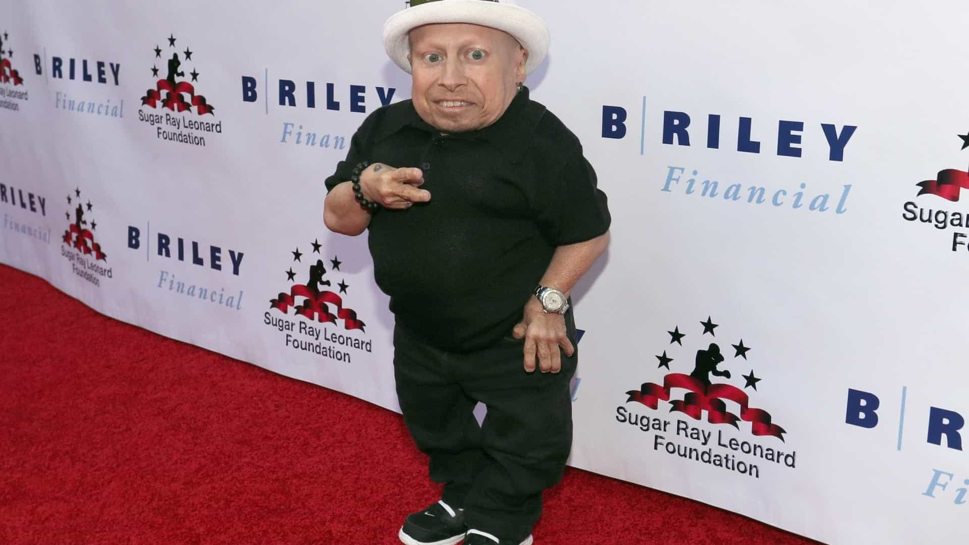 Morreu Verne Troyer, conhecido pelo papel de Mini Me em 'Austin Powers'