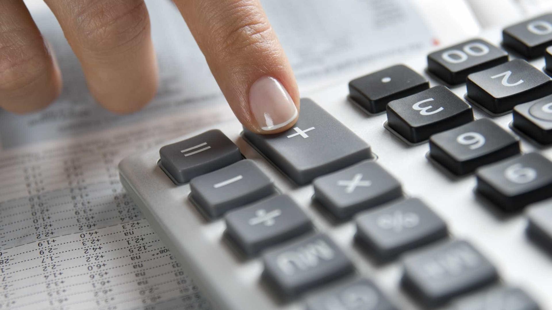 Duas residências fiscais para dependentes complica abonos de família